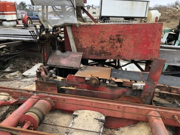 meadows mobile sawmill saw side of husk